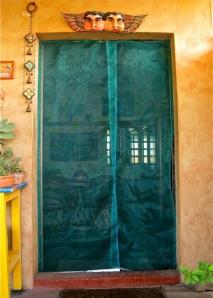 Green screen on door