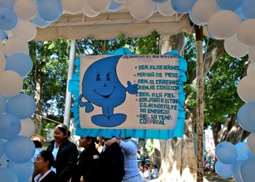 Banner: Los beneficios del agua...