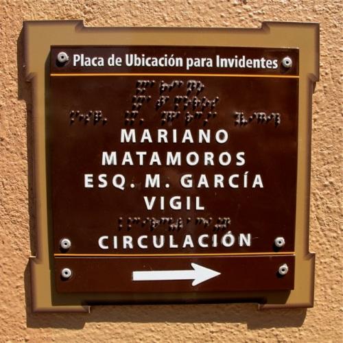 Mariano Matamoros; esq. M. Garcia Vigil; circulacion -->