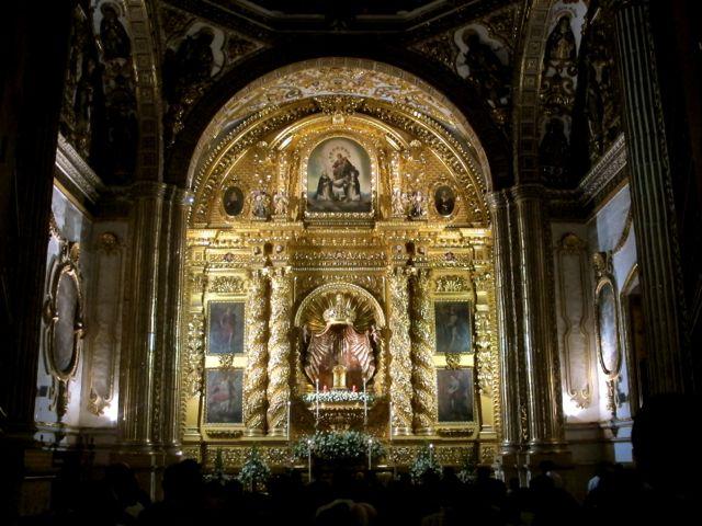 Gold encrusted altar