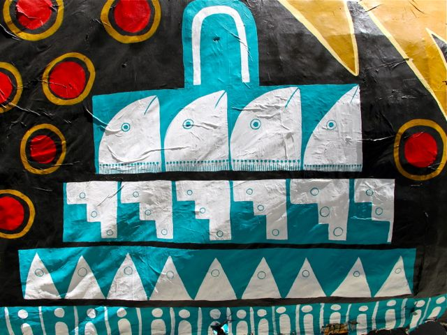 Design of fish heads, Mitla frets, triangular mountains, etc.