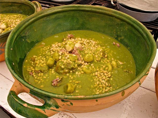 Green mole in green ceramic pot