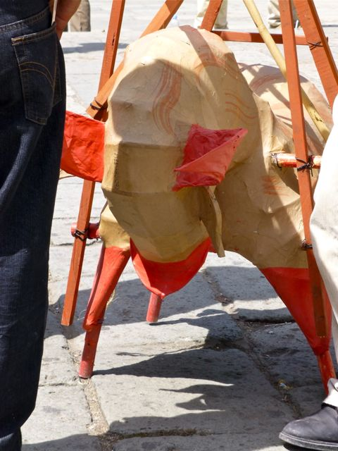 Papermache bull (tornito)