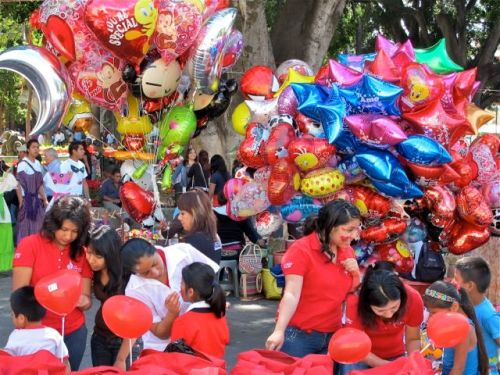 Bouquets of heart shaped balloons