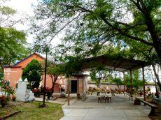 Chapel, panteón, Teotitlán del Valle. Nov. 1, 2013