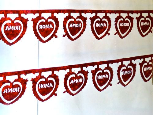 String of hearts with word, amor