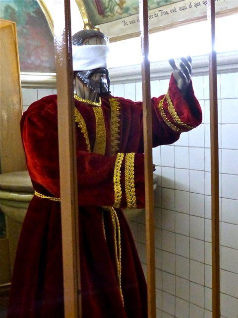 Blindfolded statue of Jesus