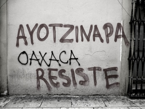 Graffiti: Ayotzinapa Oaxaca Resiste