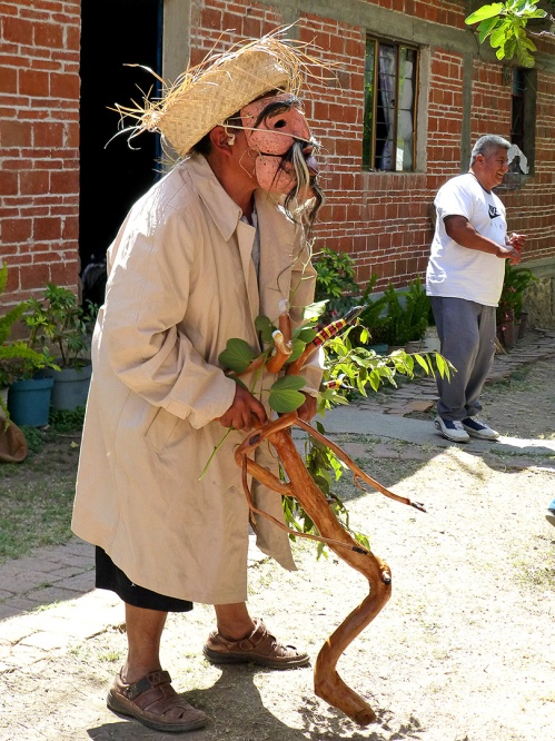 Viejito with cane