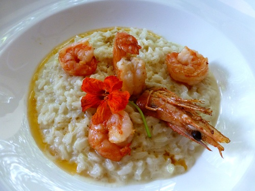 Risotto de gorgonzola con camarones (Gorgonzola risotto with shrimp)