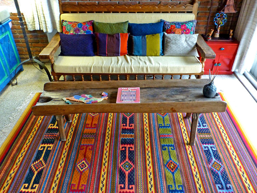 My rug in its new home here at Casita Colibrí.