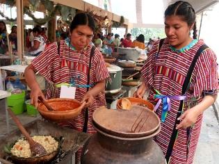 Cocineras from San Andrés Chicahuaxtla